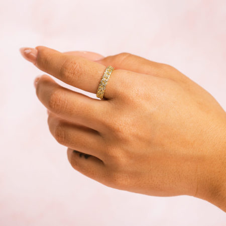 Cuban-Chain-Gold-Ring-Hand-Model