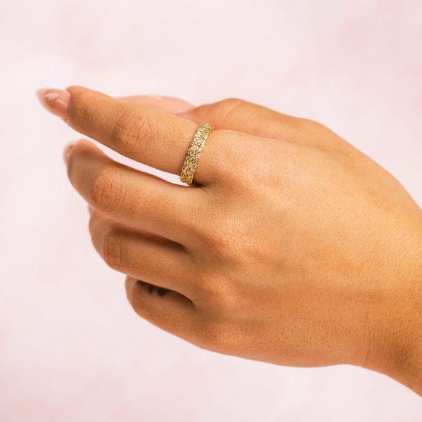 Cuban-Chain-Gold-Ring-Hand-Model