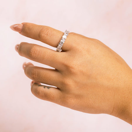 Cushion Cut Hand Model