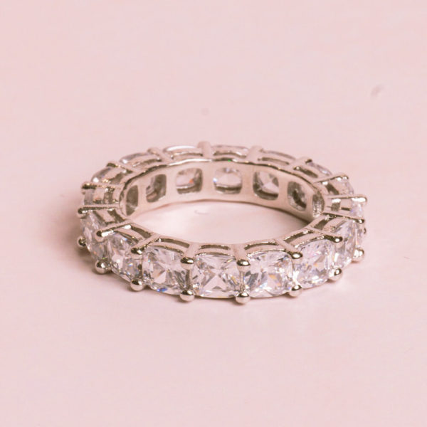 Cushion-Cut-Silver-Ring