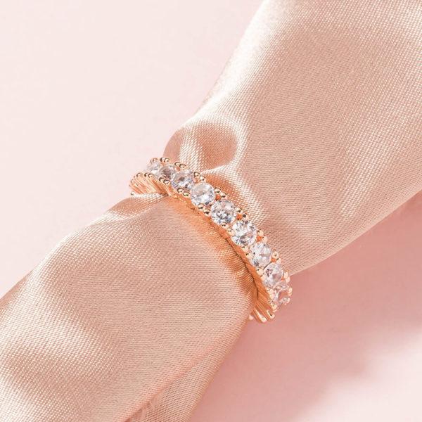 Rose-Gold-Round-Crystal