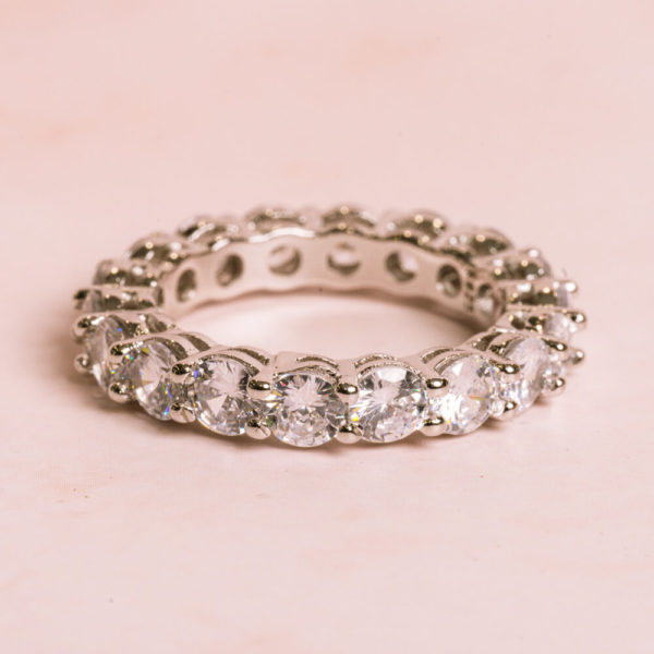 Round-Silver-Ring-1000x1000